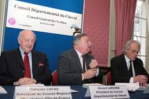 Réunion du Conseil départemental du Cheval des Yvelines :  Gérard Larcher passe le témoin au nouveau Président, François Lucas