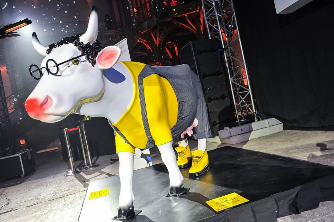 La Cow Parade achève sa transhumance et dévoile ses Cowcktails
